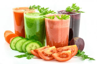 Juicing? Or Blending? Which One Is Better For You?